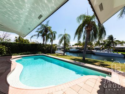 Photo for Villa Keystone - Eye Catching 5 Bedroom House with a Pool. Perfect for Families