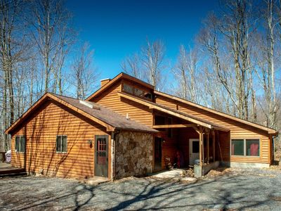 Photo for Dancing Bear - Private Wooded Lot, Pet Friendly, Lake Access