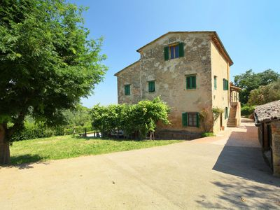 Photo for Vacation home Podere Valle di Sotto in Volterra - 9 persons, 3 bedrooms