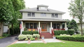 Photo for 4BR House Vacation Rental in Riverside, Illinois
