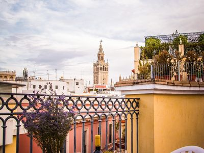 Photo for 1BR Apartment Vacation Rental in Sevilla, Andalucia