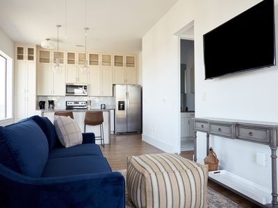 Photo for Sonder | The Hampstead | Lively 1BR + Laundry