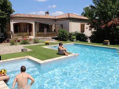 Photo for Spacious villa and swimming pool (GdF 4 ears) to 35 'of Toulouse, Albi and Cordes