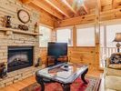 1BR Cabin Vacation Rental in Pigeon Forge, Tennessee
