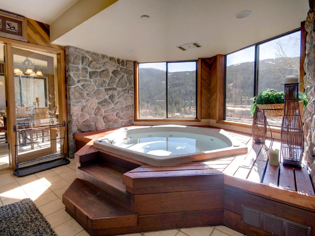 oversized private bathtubs | Large 2BR/2 Bath (sleeps 12; 1700 sq. ft.) with private ...