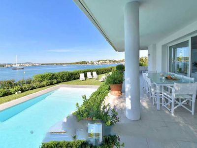 Photo for 5 bedroom Villa, sleeps 10 in Portocolom with Air Con and WiFi