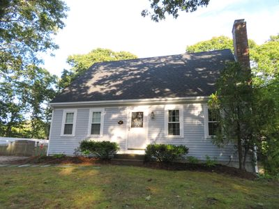 """Welcome to """"Serenity Now"""" - 17 Woodbine Road Harwich Port Cape Cod New England Vacation Rentals"""