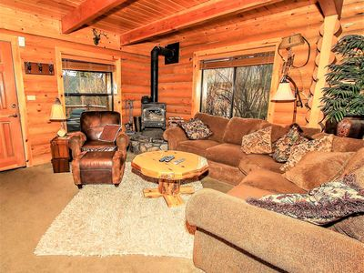 Photo for House in Big Bear Lake with Parking, Internet, Washing machine, Balcony (983490)