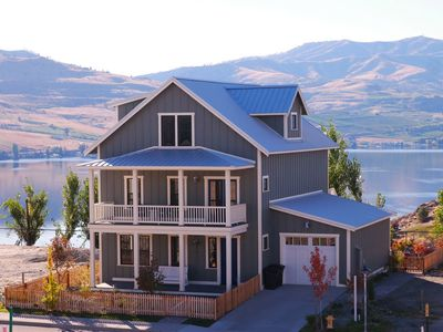 Photo for 4BR House Vacation Rental in Chelan, Washington