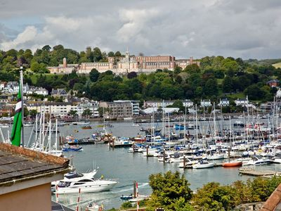 Photo for 1 bedroom accommodation in Kingswear