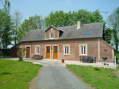 Photo for Gite Angerville-l'Orcher, 4 bedrooms, 8 persons