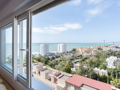 Photo for Beach Lookout apartment in Benalmádena with WiFi, air conditioning & lift.