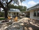1BR Cottage Vacation Rental in Stonewall, Texas