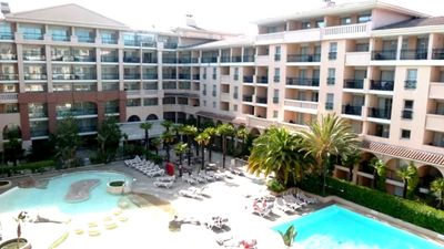Photo for New T2, downtown, swimming pool, parking, seaside