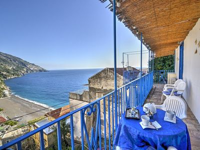 Photo for Casa Edda: A characteristic and welcoming apartment located in the center of Positano, with Free WI-FI.