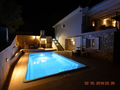 Photo for Luxurious villa with private pool with sea view, Split and mountains