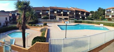 Photo for Quiet residence with pool in Tamaris