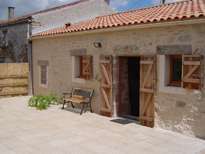 Photo for A charming barn in rural hamlet near Sigournais, 30 minutes from Puy du Fou.