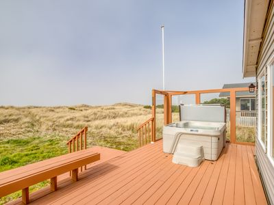 Photo for Modern Oceanfront Home w/ Hot Tub in Bayshore Community
