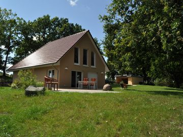 5 star holiday home for 6 persons, sauna, fireplace, 2500 m² of land, Motorboat