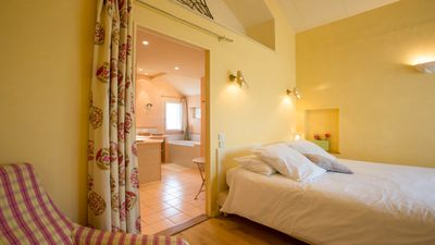 Photo for LA TERRE D'OR, self catering Les Lilas
