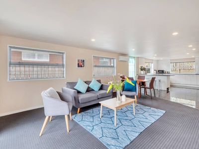 Photo for 3BR House Vacation Rental in Auckland
