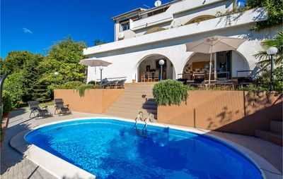 Photo for 4 bedroom accommodation in Sarsoni