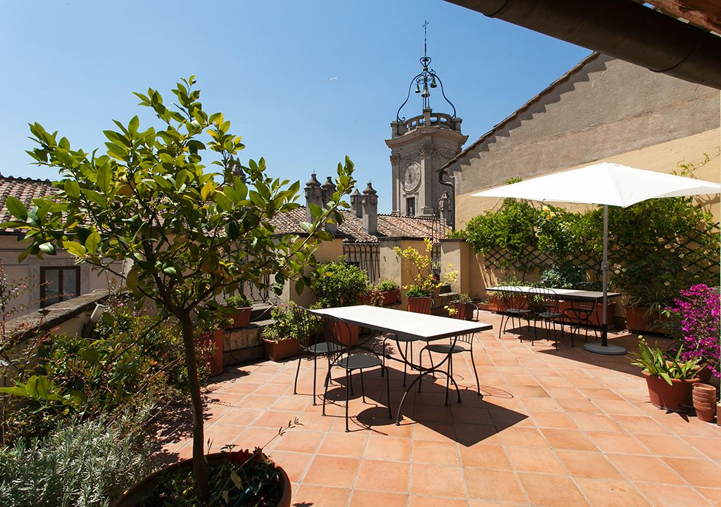 Surprising Clock House Cold Summer In Rome Beautiful Terrace Air Largest Home Design Picture Inspirations Pitcheantrous