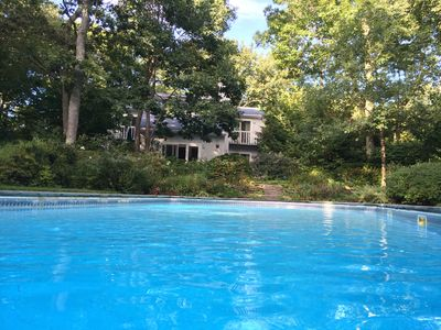 Photo for Secluded Garden Paradise With Heated Pool & Spa