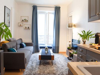 Photo for Magnificent apartment 2 steps from the stations