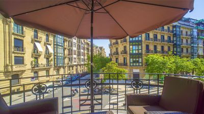 Photo for 2BR Apartment Vacation Rental in Donostia, PV