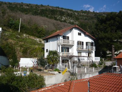 Photo for Four bedroom villa with views of Tivat bay