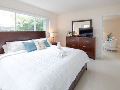 Photo for Perfect 2 Bedroom Suite with Pool, by the Beach - Sleeps up to 8!