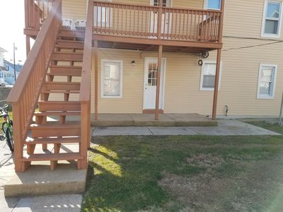 Photo for Cozy 2 bedroom, 2 blocks from the beach