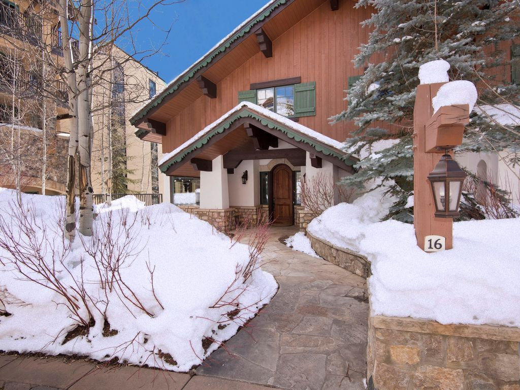 Gore Creek Place (Vail, CO, USA)