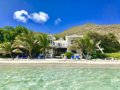St Kitts Nature & Beach Lovers tranquil cottage right on the Beach