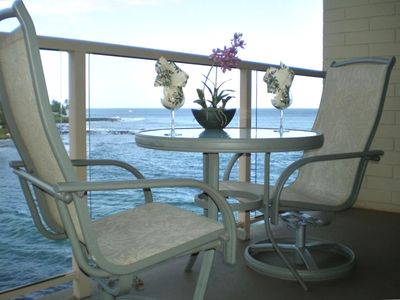 Photo for Oceanfront * Air Conditioned * Top Floor * Large Lanai * Updated!