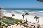 Ocean view! No drive Beach in New Smyrna Beach!