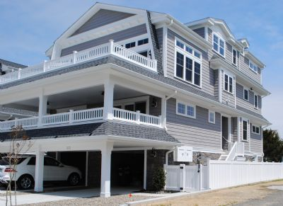 Photo for FRIDAY TO FRIDAY RENTAL:  Townhouse with a bay view and a pool.