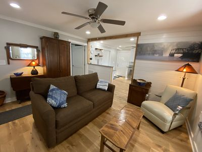 Executive Cottage,  5 star accommodations near historic downtown Toccoa.