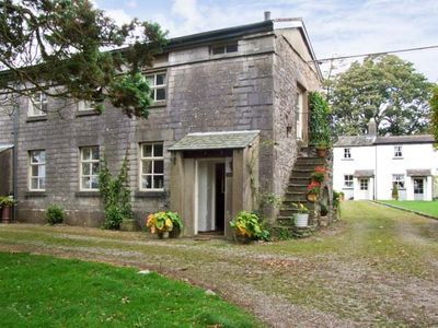 Photo for GROOM'S QUARTERS, pet friendly, with a garden in Cartmel, Ref 10308