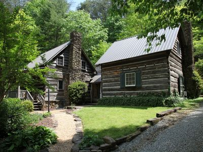 7 Historic Log Cabins from the 1800s nestled at the end of quiet Mountain Valley