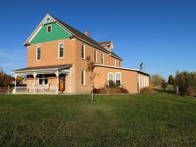 Photo for ***HOT TUB*** Historic Tilliview House ~ 3100 Sq Ft ~ 1 Acre ~ Heart Of Fruita !