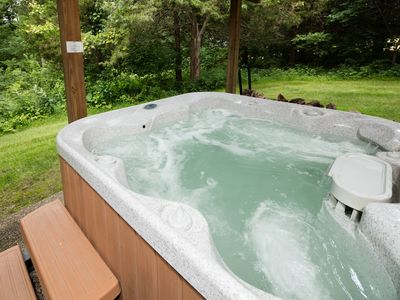 Photo for Escape to our Stony Pt Location - Outdoor Hot Tub, Pool Table, 2 Family Rooms
