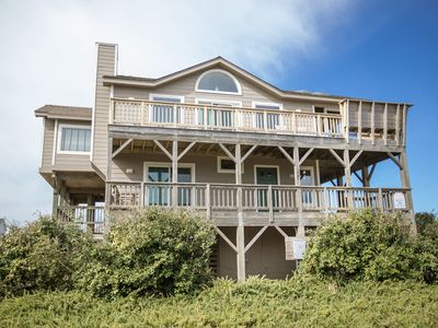 Photo for Corolla, NC-Semi-Oceanfront-steps to the beach!