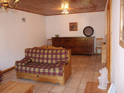 Photo for Aprt. Azalees 1 - Large 2 bedroom apartment centrally located and foot steps to slopes and lifts