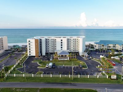Photo for Luxury, Spacious Rental, Stunning Gulf Front Views, Close to Entertainment