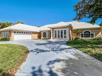 Photo for Large Waterfront Vacation Home in Marco Island Estates