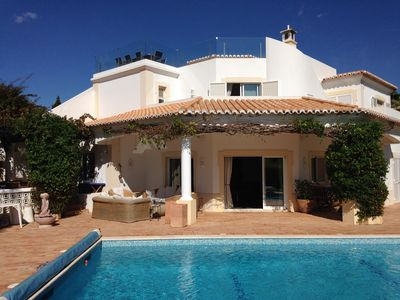 Photo for Luxury 5-bedroomed villa with views over the golf course