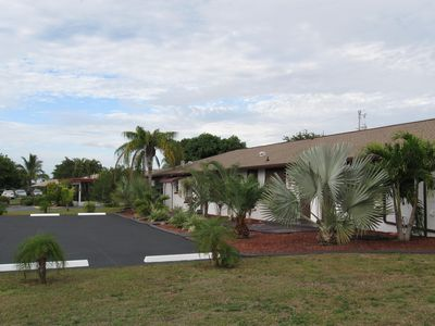 Photo for Classy 2/1.5  Next To Cape Coral Pkwy Strip, $700.00 week All Inclusive